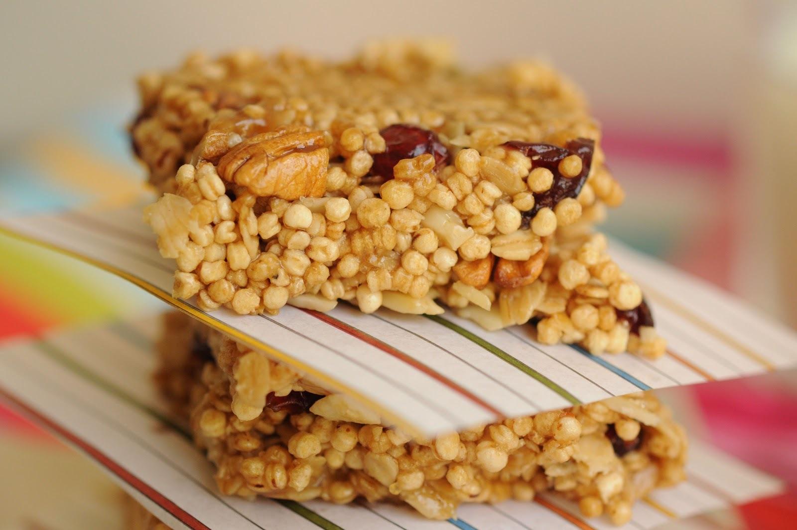 foto de barritas de quinoa real y frutos secos